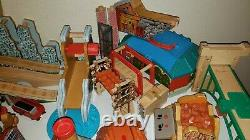 HUGE Lot Of Wooden Thomas The Train Toys Over 200 Pieces Plus Extras