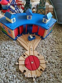 HUGE lot of wooden Thomas the Train toys over 250 pieces