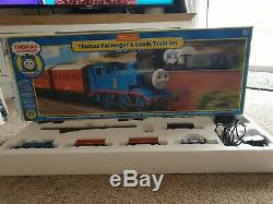 Hornby Thomas The Tank Engine OO Gauge Electric Train Set R9271 Fantastic