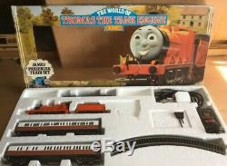 Hornby World of THOMAS THE TANK ENGINE Train set'JAMES' R094 00 Scale