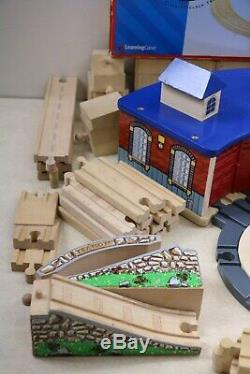 Large Lot Wooden Railway Train Track Thomas & Friends Roundhouse Turntable 127pc