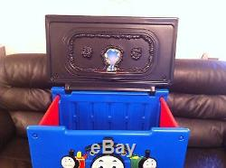Little tikes Thomas the tank engine storage toy box. Very rare piece from the uk