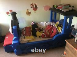 Little tykes thomas the tank engine bed