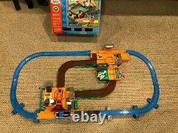 RARE! 2003 TOMY THOMAS AT THE TIMBER YARD with TERENCE LUMBER YARD 100% Complete