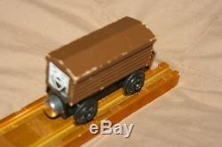 Rare TROUBLESOME TRUCK WOOD TRAIN-BROWN ROOF, BROWN BODY