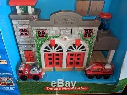 THOMAS THE TANK & FRIENDS DELUXE FIRE STATION With2 ENGINES 2006NEWith/RARE