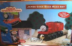 THOMAS the TANK JAMES GOES BUZZ BUZZ SET WithJAMES RED NOSE! VERY RARE/NEW