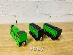 The Flying Scotsman Thomas the Tank Engine & Friends Wooden Railway Trains