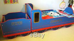 Thomas Steam Engine Bed, Coal Tender Toybox & Thomas the Tank Engine curtains