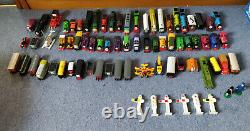 Thomas The Tank Engine Ertl Bundle Trains and Tracks Used But Great Condition