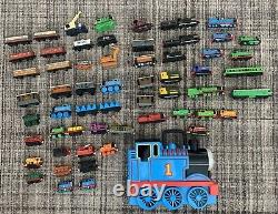 Thomas The Train Lot Carrying Case Wooden Diecast Take Along And Play Wind Up