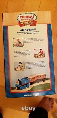 Thomas Wooden Railway Captain's Shed 2010 Lc98500 New In Box Very Rare