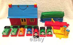 Thomas the Tank Engine Trains and Tracks Play and Go Station