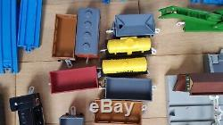 Tomy Thomas The Tank Engine Trackmaster Train/Carriage Bundle Rare & Collectable