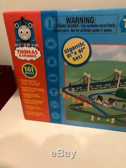 Tomy Thomas ULTIMATE SET Motorized Road & Rail system 161 Pieces Toys R US