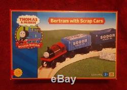 VERY RARE Thomas The Tank Engine & Friends Bertram with Scrap Cars