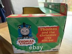 Vintage Thomas the Tank ERTL and the Christmas tree Gift set BN c2003 Very Rare