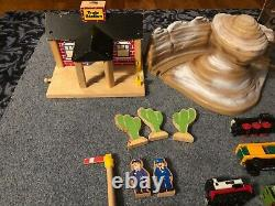 Vtg. Lot of 170+ Thomas The Train Tank Engine Wooden Diecast Cars & Track, RARE