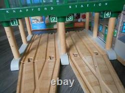 Wooden thomas the tank engine set deluxe knapford station working microphone